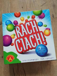 Recenzja gry Rach Ciach Wydawnictwa Alexander na blogu atrakcyjne wakacje z dzieckiem. Najlepsze gry dla dzieci. Najlepsze recenzję na blogu