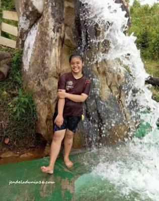 Menikmati Sensasi Berenang Di Kolam Air Terjun Gorbus Sosor Sibintang