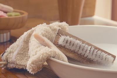 Jabón y cepillo