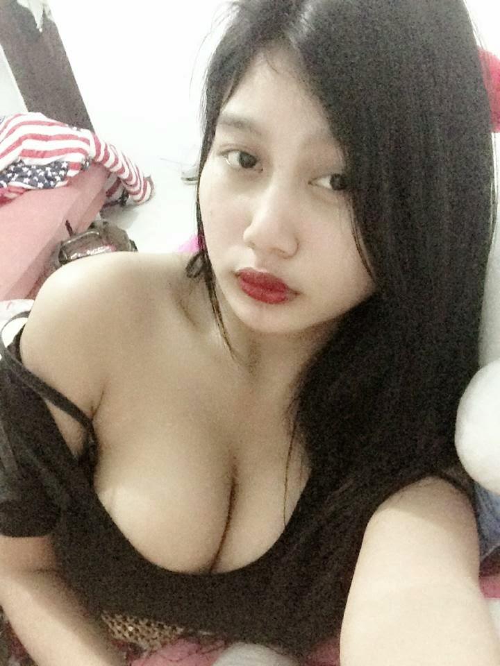 Foto Pamela Safitri Bugil Topless Tanpa Sensor