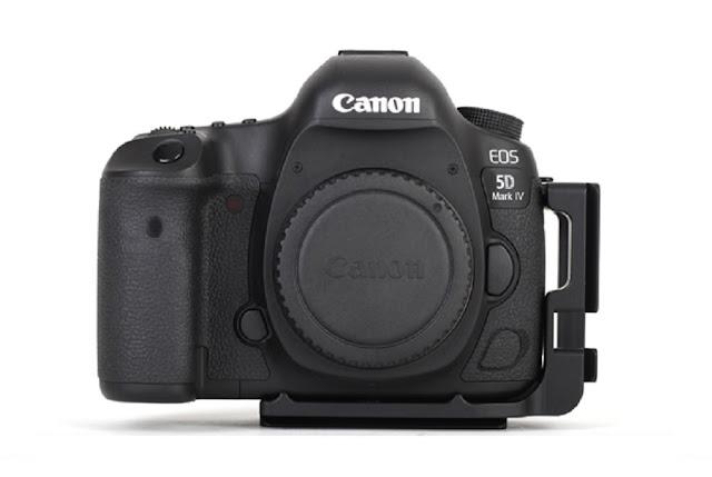 Sunwayfoto PCL-5DIV L Bracket on Canon EOS 5D Mk IV
