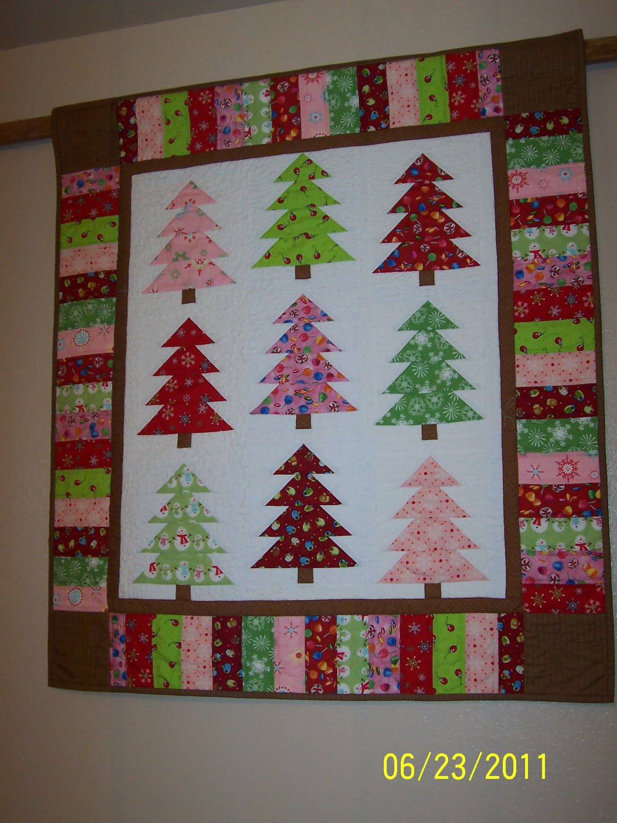 Colleen S Quilting Journey Christmas Quilt Show Entry