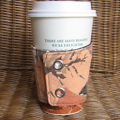 Creative and Cool Coffee Sleeves, Carriers and Holders (21) 17