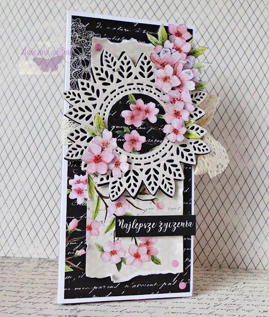 czekoladownik ozdobiony kwiatami wiśni