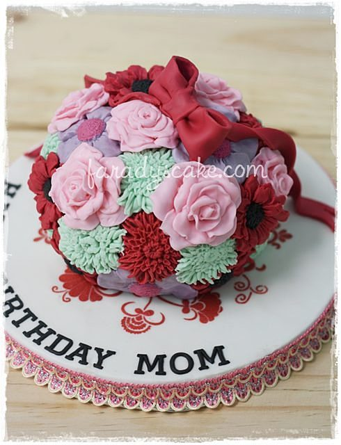 Http Www Lindyscakes Co Uk    Lindys Chocolate Fudge Cake Recipe