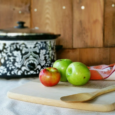 Apples and Slow Cooker