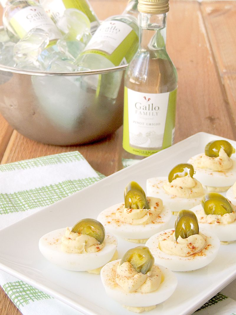 These Jalapeno Popper Deviled Eggs are the perfect Keto friendly appetizer! They are sure to please Keto and Non-Keto peeps!! #lchf #lowcarb #keto #appetizer #eggs #jalapeno #easy #recipe | bobbiskozykitchen.com