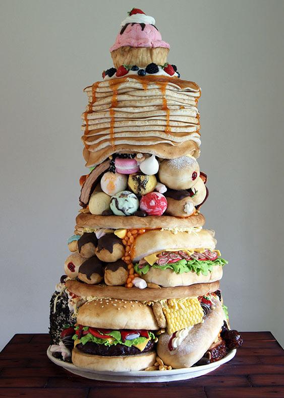 Panadera hace tortas que se parecen a la comida chatarra