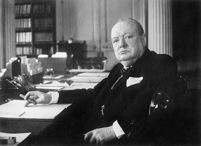 Winston Churchill y la vida extraterrestre. Francisco Acuyo
