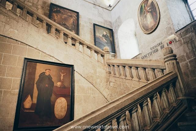Gran Escalera - San Agustin Museum