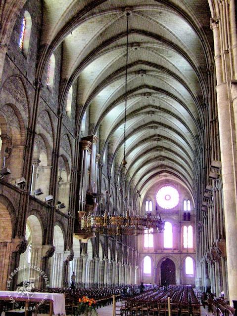 REIMS (51) - Basilique Saint-Remi (XIe-XVe siècles) (Intérieur)