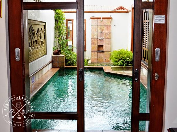 Executive pool villa grand lexis kakikujalanjalan for Garden pool villa grand lexis blog