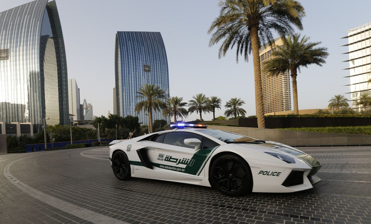 65 Dubai Car Wallpapers | WallpaperCarax