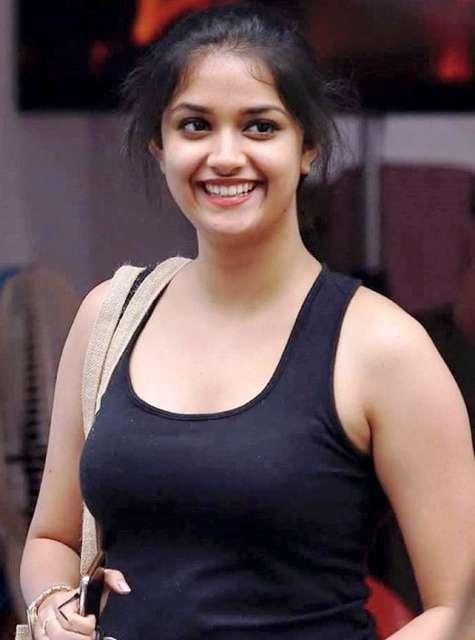 Keerthi Suresh cute Smiling images