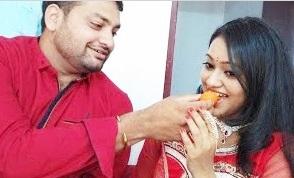 Deivam Thandha Veedu Serial Seetha – Meghna Vincent Family & Friends Photos
