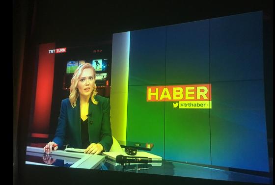 Η «απολογία» της όμορφης Τουρκάλας που ανακοίνωσε πραξικόπημα