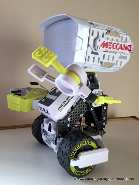 rambling through parenthood meccano m a x the interactive toy m a x s parts come in 12 separate plastic packs do not tip them out all at once open the packs and leave the pieces in place so you know where to