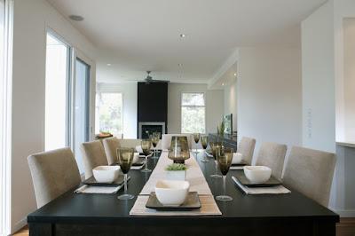 โต๊ะอาหารสไตล์โมเดิร์น