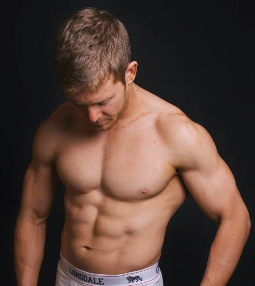 Sexy Bodybuilder Wrestler 73