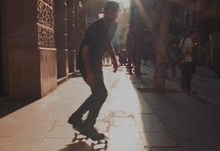 Valentina rollt durch Barcelona | Eine Skateboard Short Doku von Jonnie Lewis