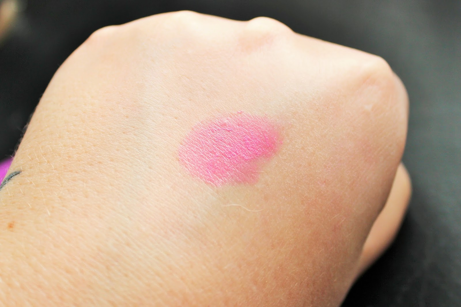 Maybelline Rebel Bloom Hibiscus Pop