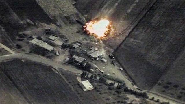 هجوم روسي على سوريا يستهدف غرفة عمليات تضم 30 ضابطاً من الجيش التركي والأمريكي والسعودي والقطري والبريطاني ومن الموساد