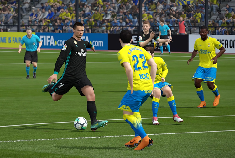 Các kiểu phòng ngự trong FIFA Online 4