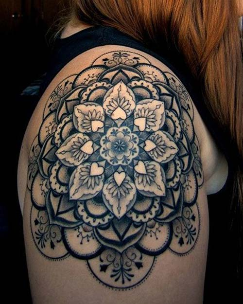 kadın omuz dövmeleri woman shoulder tattoos 25