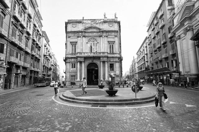 Piazza Sette Settembre-Napoli