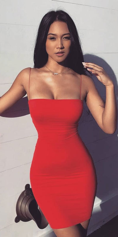 Thin strap bodycon dress in red | Find sexy valentines day clothes and valentines day fashion. 31+ Cute Valentines Day Outfits for Every Type of Date. Valentine style via higiggle.com #valentine #fashion #outfits #love