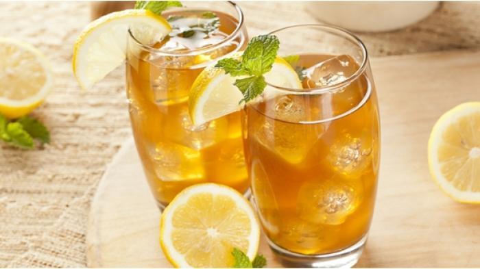 Ini Alasan Penting Minum Air Putih Lebih Dianjurkan Ketimbang Minuman Manis!