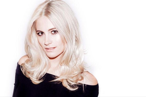 Video: Pixie Lott - Cry Me Out
