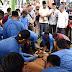 Masyarakat Antusias Saksikan Penyembelihan  Sapi Kurban dari Jokowi di Kantor Gubsu
