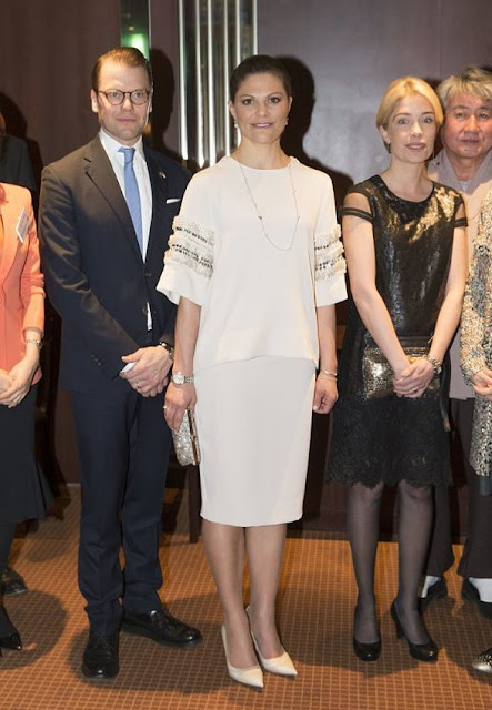 Crown Princess Victoria attended a dinner hosted by the president of the Swedish Arts and Culture the Company.