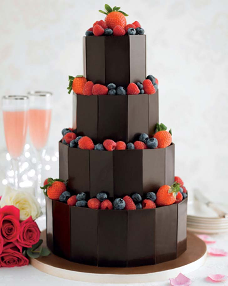 Wedding Cake Is The Centrepiece Of Their Reception From Butterfly Adorned Towers To Tiny Tempting Cupcakes Weve Selected Ten Most Beautiful