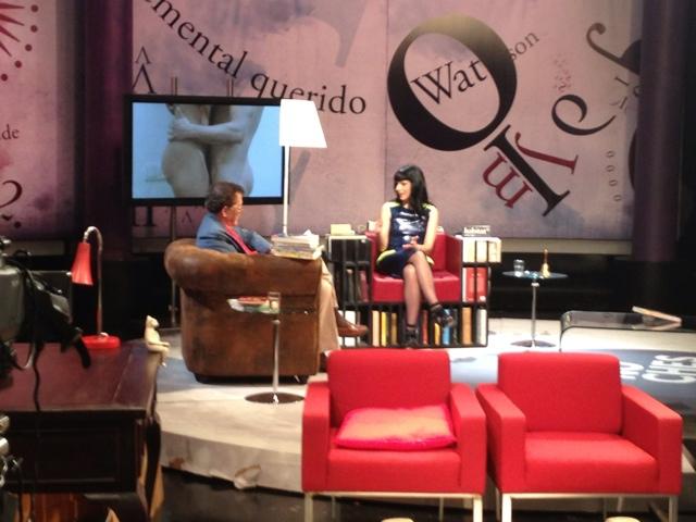 Entrevista a Roser Amills en 'Las noches blancas' de Fernando Sánchez Dragó   Telemadrid
