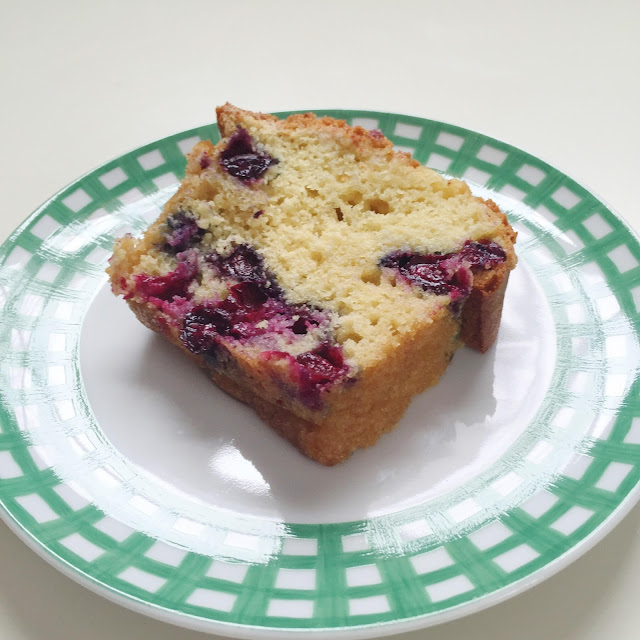 Blueberry_Bread_Recipe_Baking