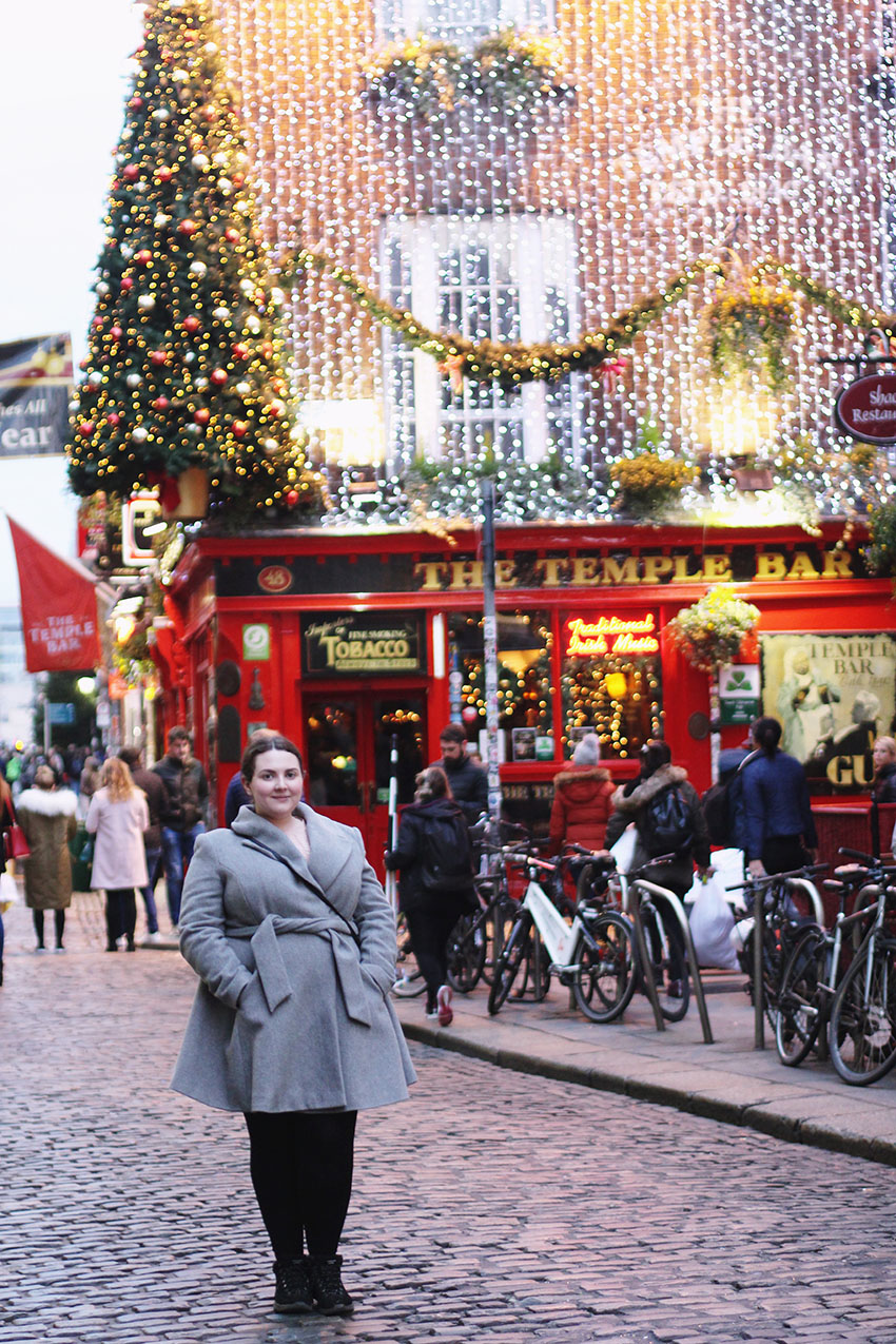 The Temple Bar Pub Dublin at Christmas