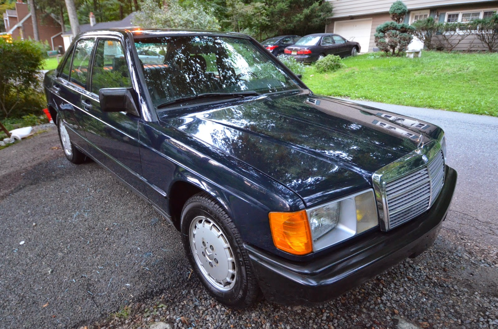 theclassiccarfactory : mercedes benz w201 190e 2.3 / 2.6