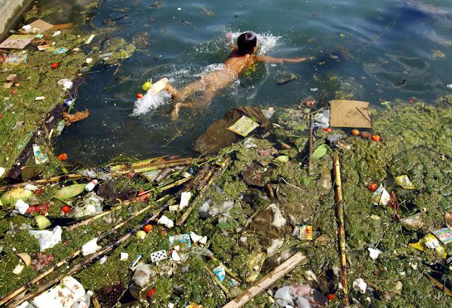 Водоемы Уфы не пригодны для купания: вода заражена химией и опасными бактериями