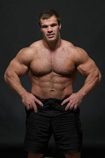 world bodybuilders pictures muscles builder denis cyplenkov. Black Bedroom Furniture Sets. Home Design Ideas