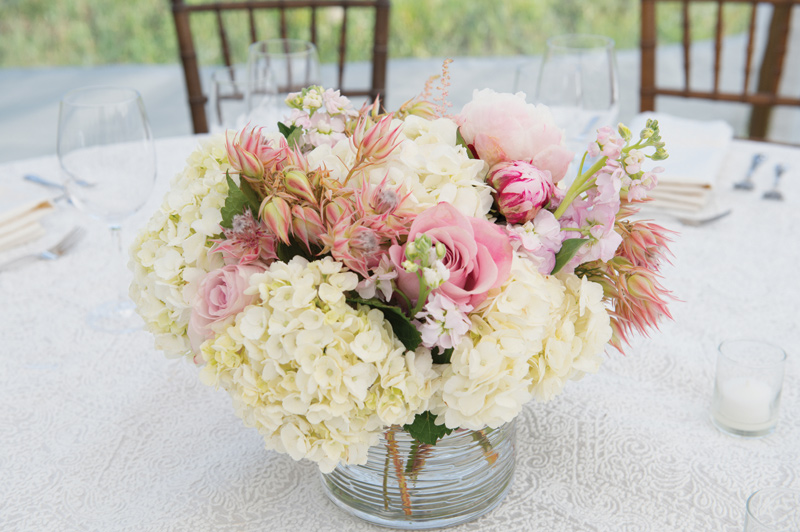 Pink Centerpiece by Katalin Green / Amelia Anne Photography