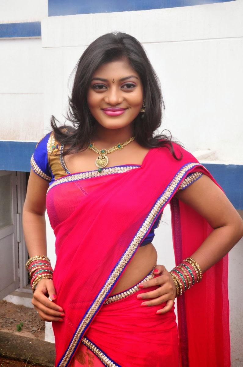 Soumya hot photos in indian half saree at pochampally ikat art mela launch
