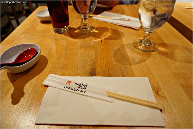 Restaurante de Ramén Japonés Ippudo Westside en Nueva York