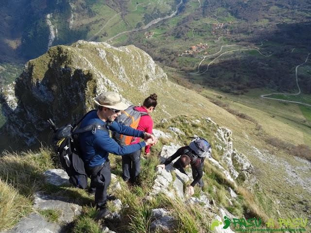 Ruta a la Pica de Peñamellera: Bajando la Pica