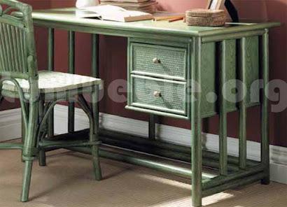 mesa escritorio hecho en rattan natural j862