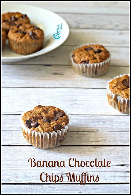 Eggless Banana Chocolate Chips Muffins Recipe