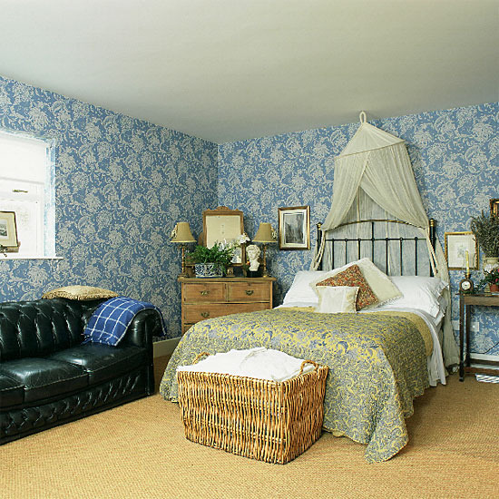New Home Interior Design: Sweet Traditional Bedroom