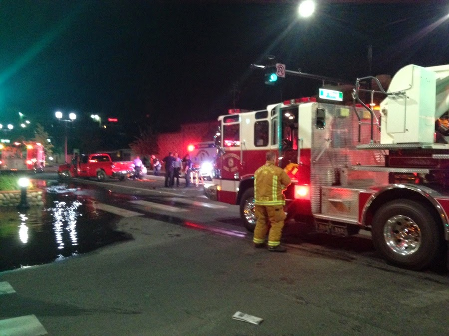kern county bakersfield suv pickup truck crash fire hydrant 18th street