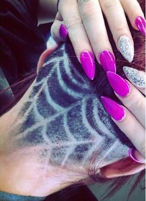 tato rambut model jaring laba-laba